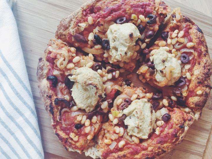White Bean + Roasted Garlic Pizza(Vegan)